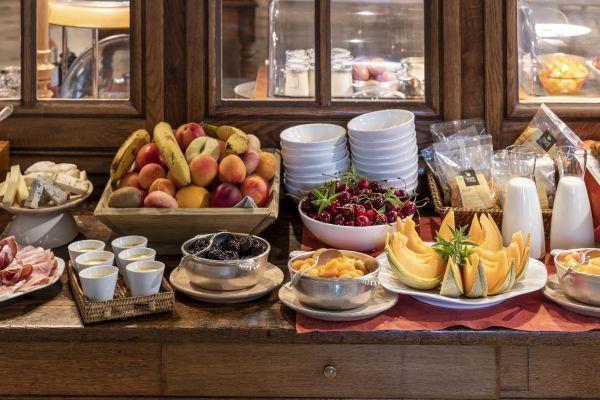 Petit-déjeuner Buffet à La Bastide